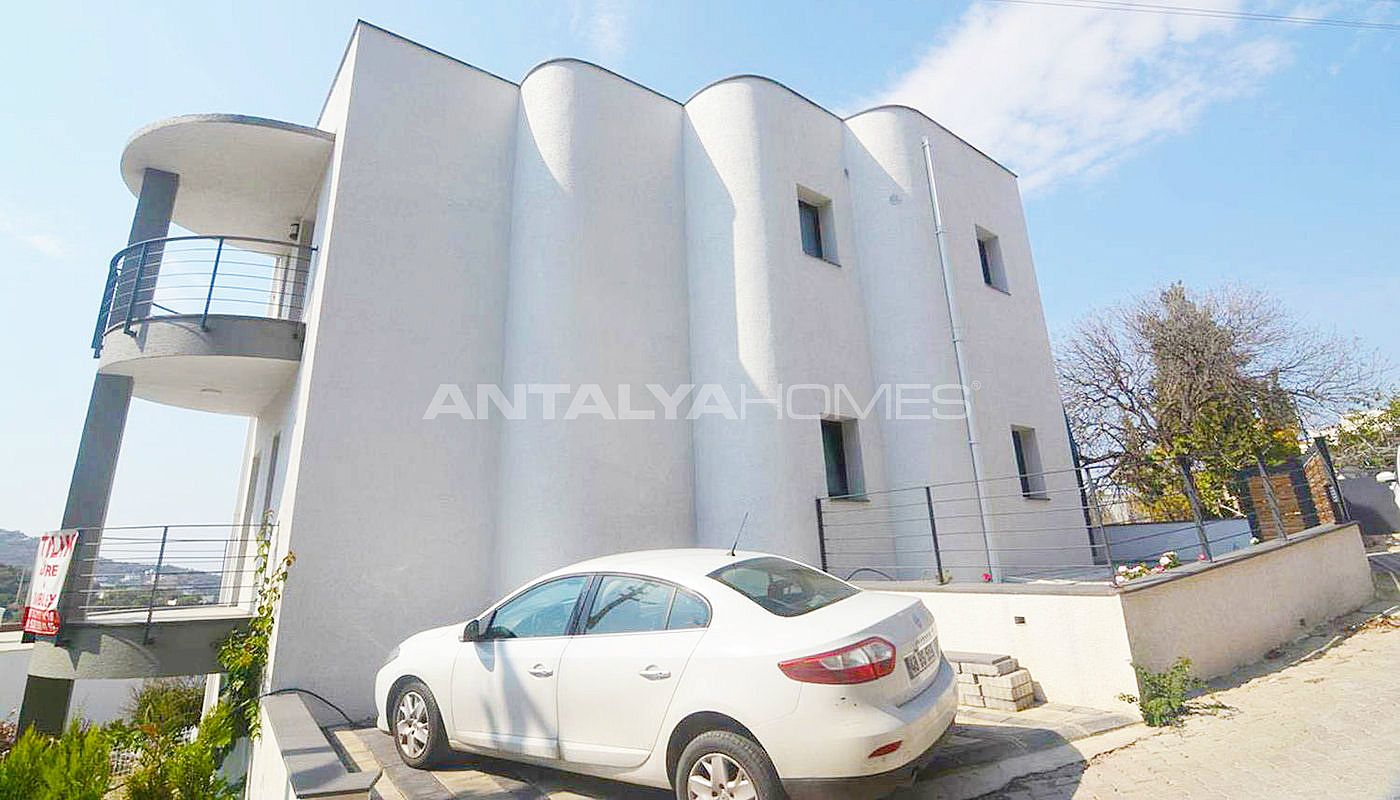 centrally-apartments-with-sea-view-in-yalikavak-bodrum-001.jpg