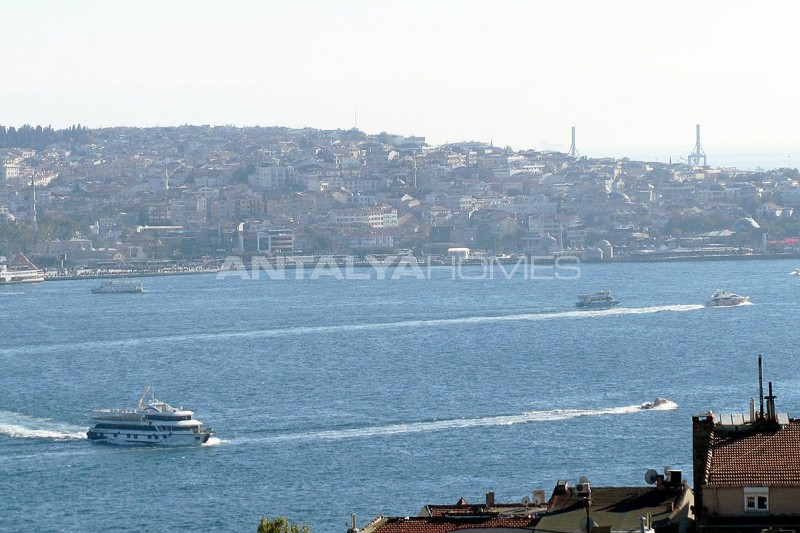marvelous-bosphorus-view-besiktas-apartment-in-istanbul-interior-007.jpg