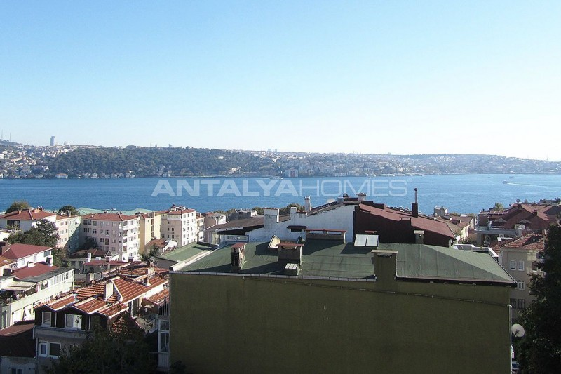 marvelous-bosphorus-view-besiktas-apartment-in-istanbul-interior-008.jpg