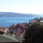 marvelous-bosphorus-view-besiktas-apartment-in-istanbul-interior-009.jpg