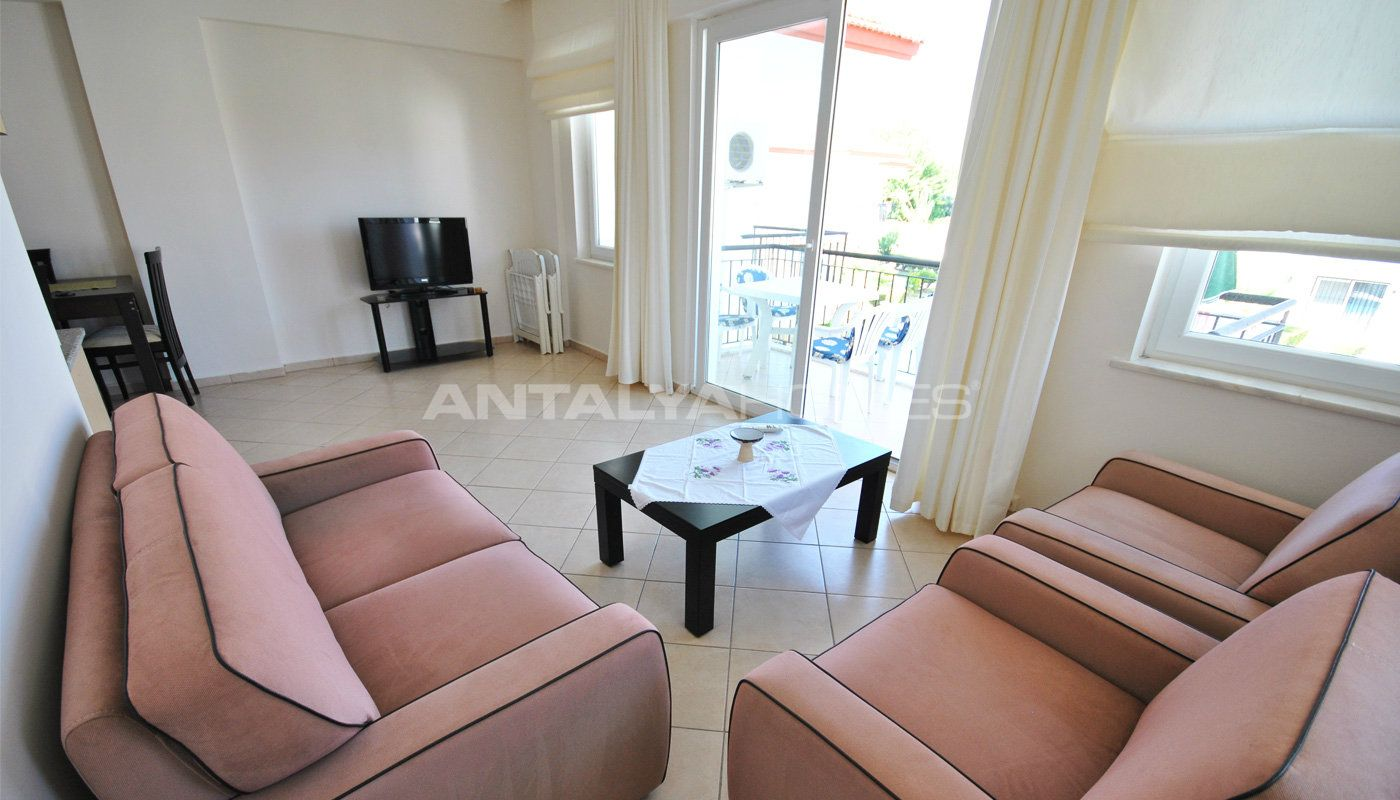 3-bedroom-furnished-apartment-in-kemer-camyuva-interior-001.jpg