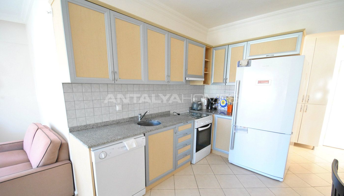 3-bedroom-furnished-apartment-in-kemer-camyuva-interior-006.jpg