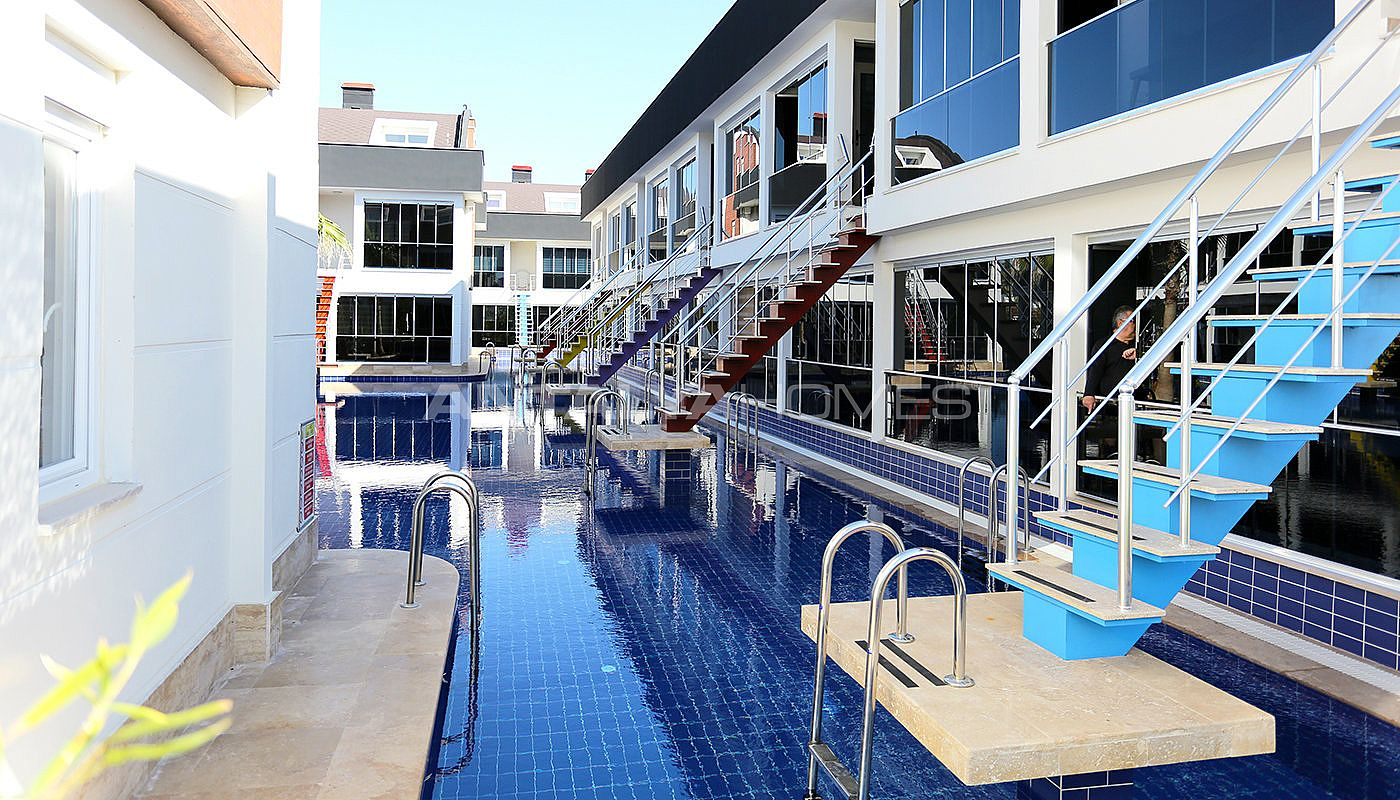 apartments-in-the-unique-complex-with-mega-pool-in-antalya-001.jpg