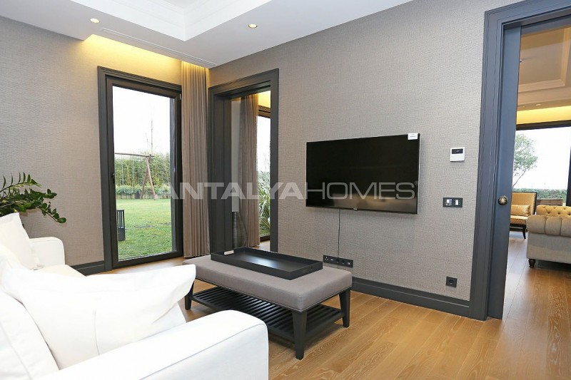 detached-villas-intertwined-with-nature-in-istanbul-interior-016.jpg