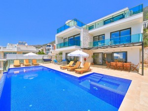 fully-furnished-villa-with-2-swimming-pools-in-kalkan-main.jpg