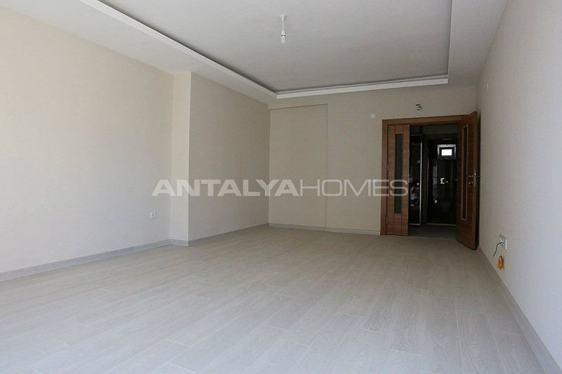 key-ready-antalya-apartments-in-kepez-with-separate-kitchen-interior-003.jpg