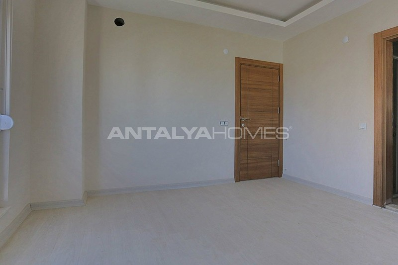 key-ready-antalya-apartments-in-kepez-with-separate-kitchen-interior-009.jpg