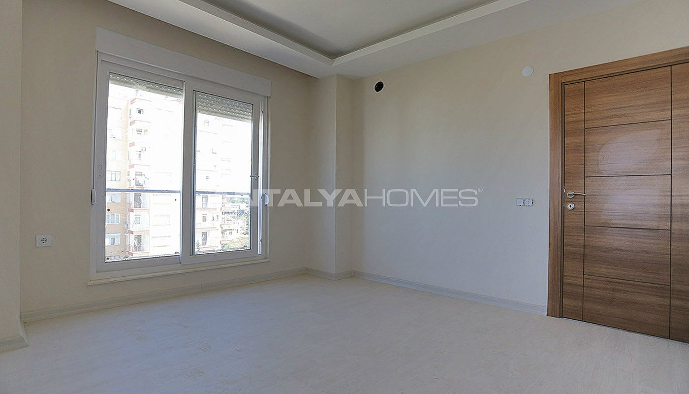 key-ready-antalya-apartments-in-kepez-with-separate-kitchen-interior-010.jpg