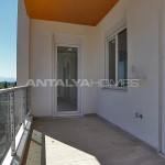 key-ready-antalya-apartments-in-kepez-with-separate-kitchen-interior-020.jpg