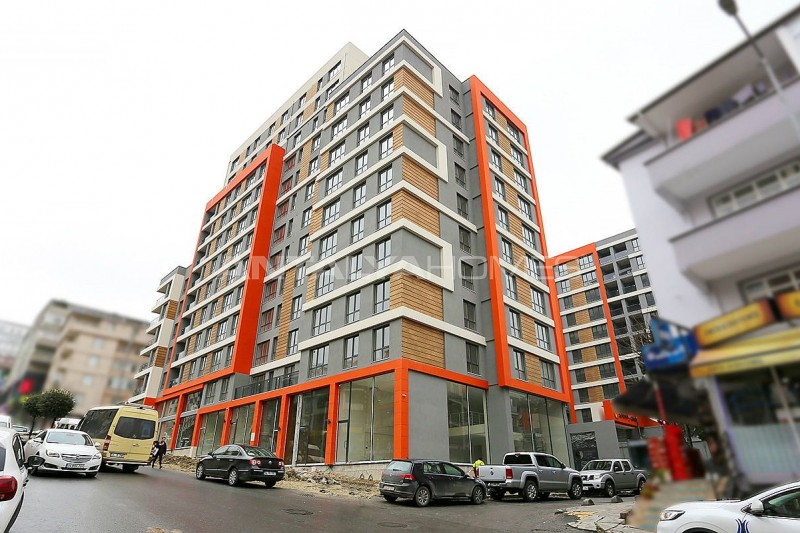 modern-designed-apartments-in-istanbul-kucukcekmece-construction-003.jpg