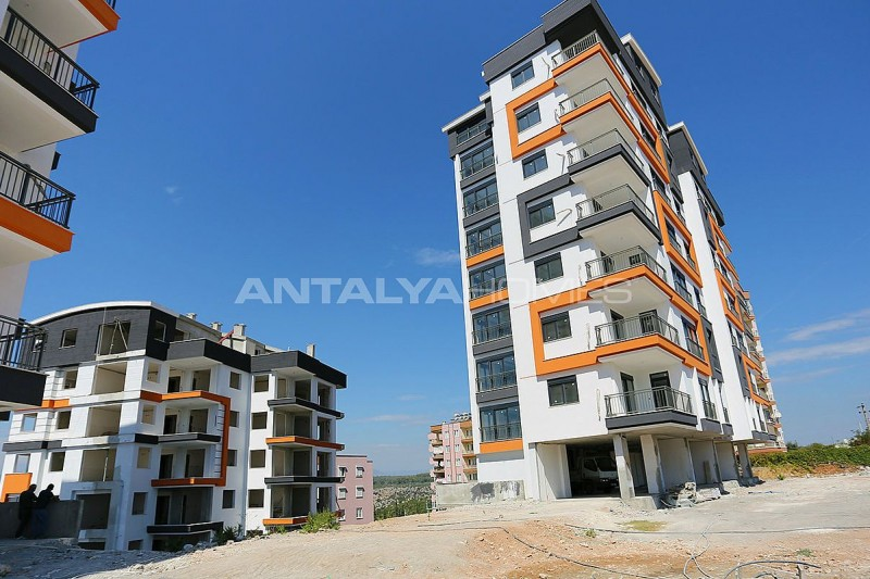 new-apartments-with-uninterrupted-view-of-antalya-construction-001.jpg