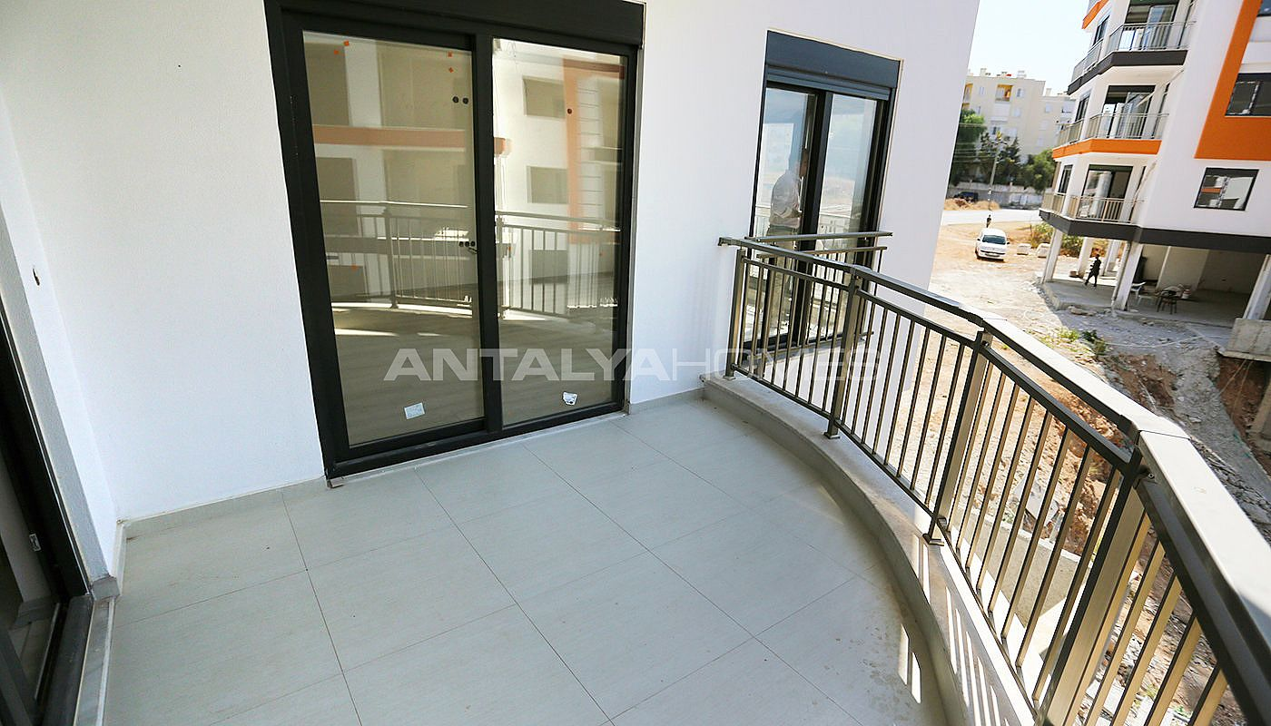 new-apartments-with-uninterrupted-view-of-antalya-interrior-020.jpg