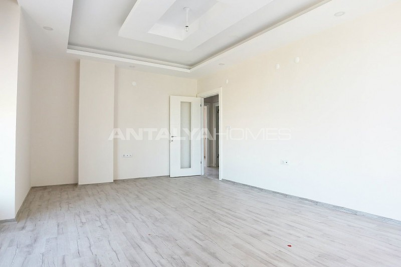 new-build-2-1-apartments-close-to-tram-station-in-kepez-interior-003.jpg