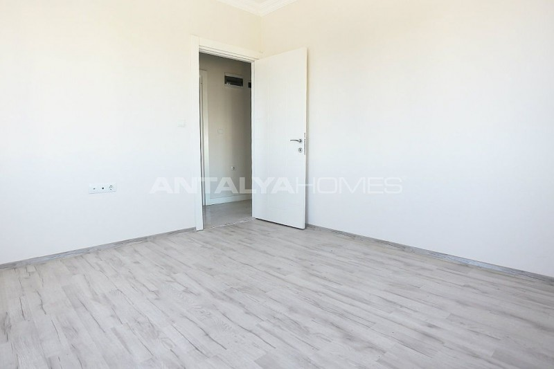 new-build-2-1-apartments-close-to-tram-station-in-kepez-interior-006.jpg