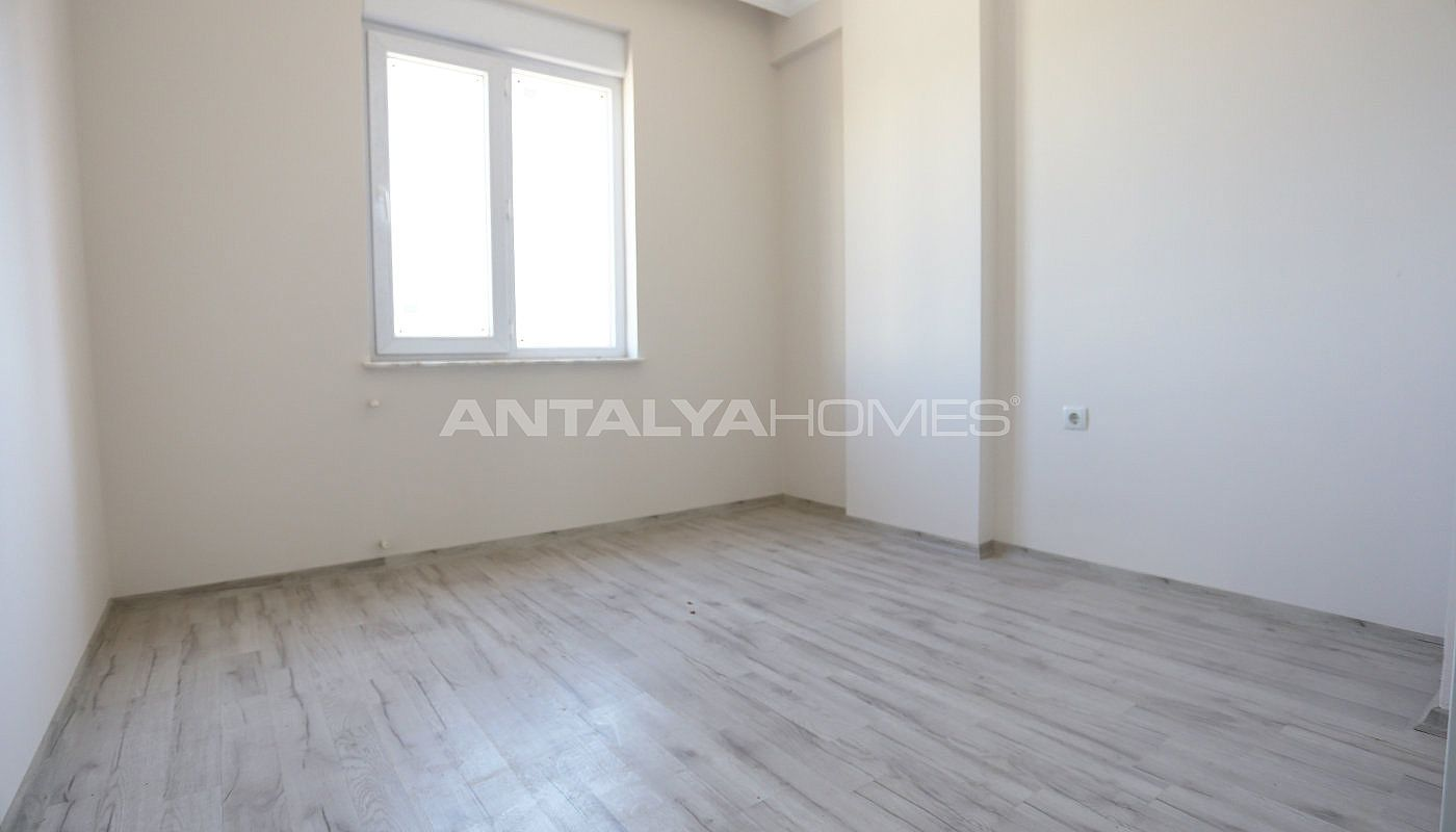 new-build-2-1-apartments-close-to-tram-station-in-kepez-interior-007.jpg