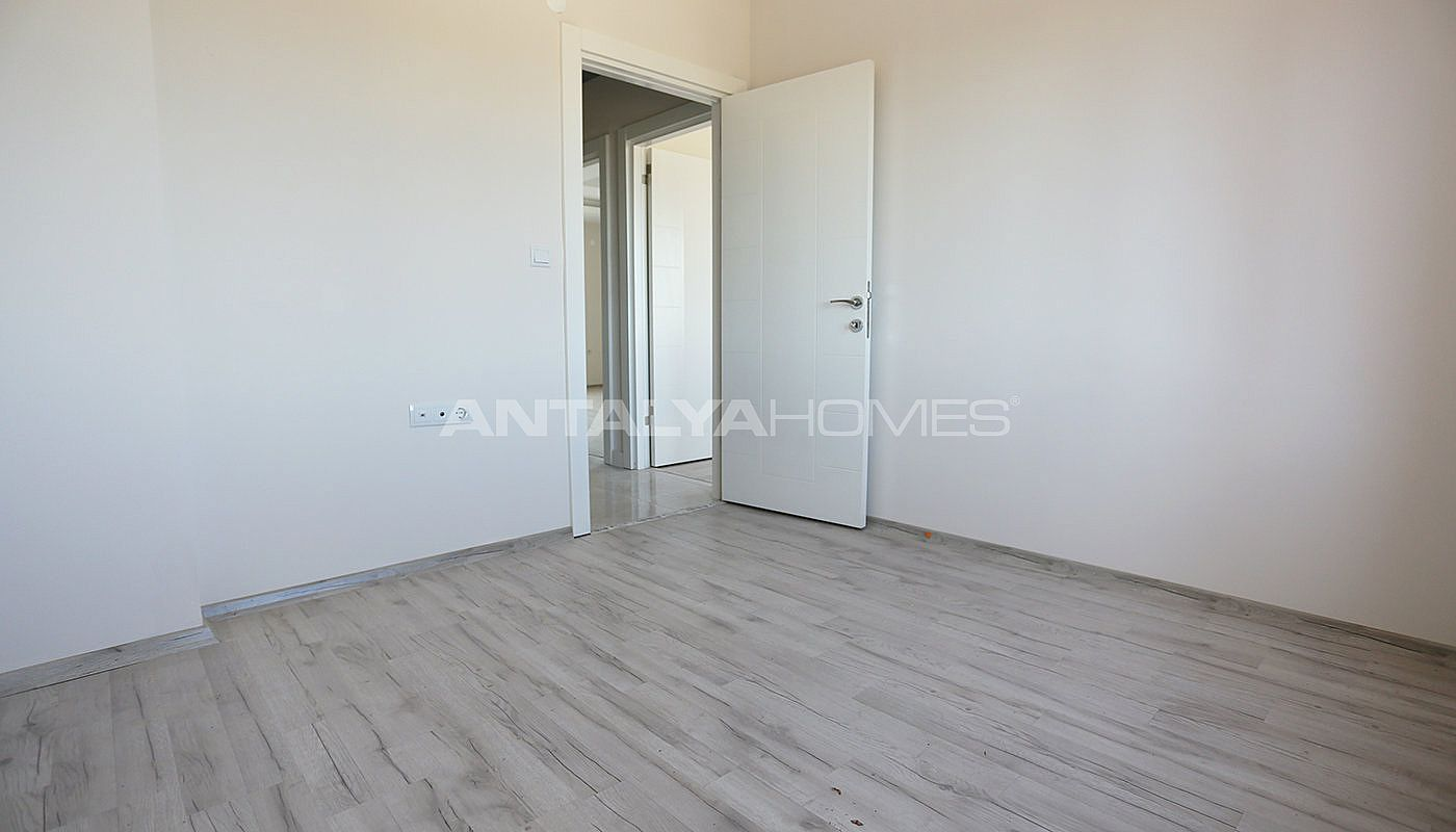 new-build-2-1-apartments-close-to-tram-station-in-kepez-interior-009.jpg