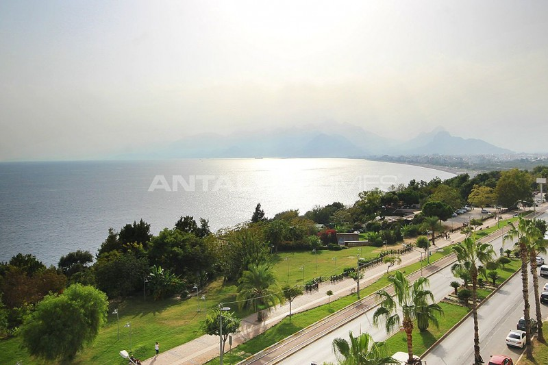 panoramic-sea-view-apartment-in-antalya-city-center-interior-018.jpg