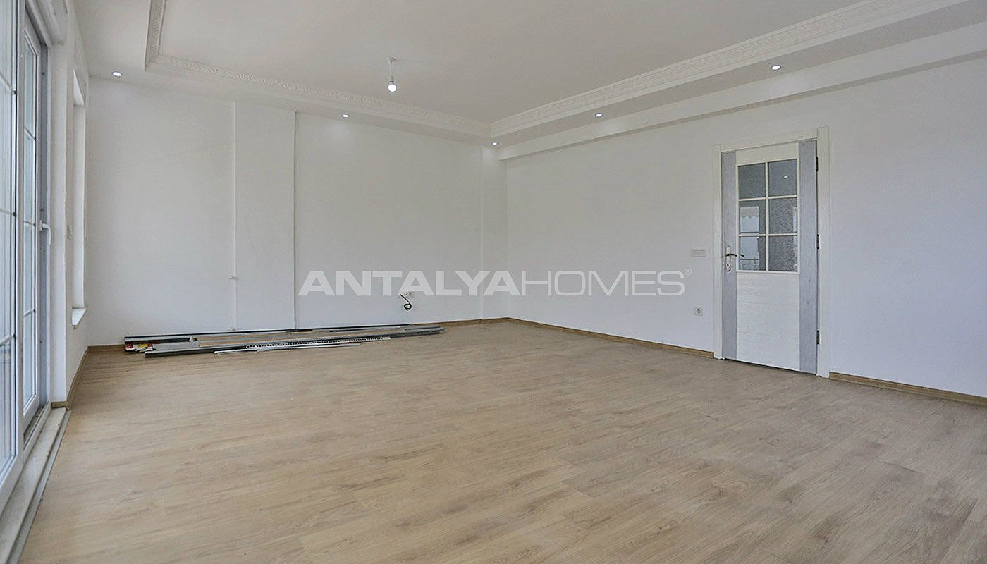 ready-to-move-detached-belek-villas-in-a-calm-location-interior-002.jpg
