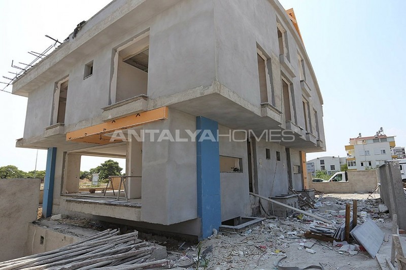 semi-detached-antalya-villas-with-private-swimming-pool-construction-003.jpg