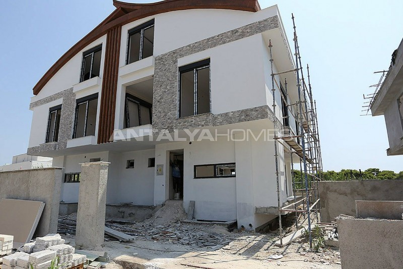 semi-detached-antalya-villas-with-private-swimming-pool-construction-005.jpg