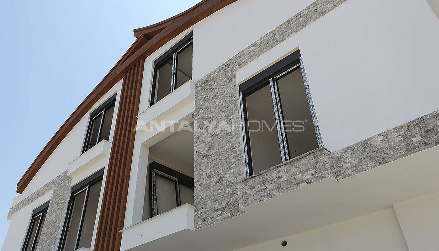 semi-detached-antalya-villas-with-private-swimming-pool-construction-007.jpg