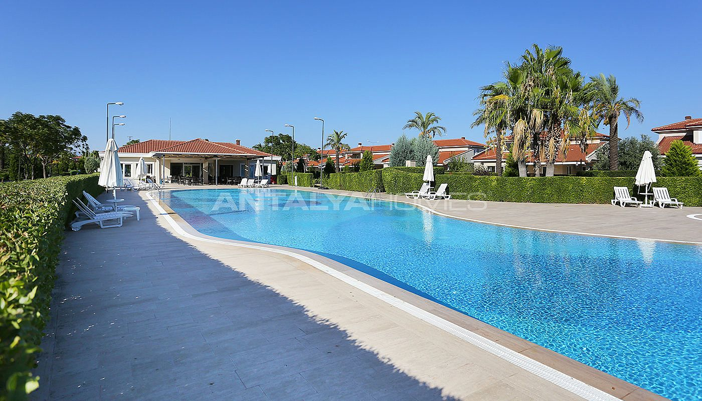 spacious-houses-with-rich-facilities-in-antalya-013.jpg