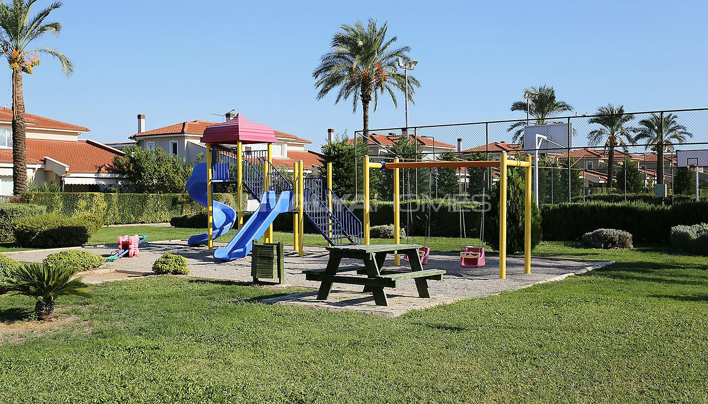 spacious-houses-with-rich-facilities-in-antalya-015.jpg