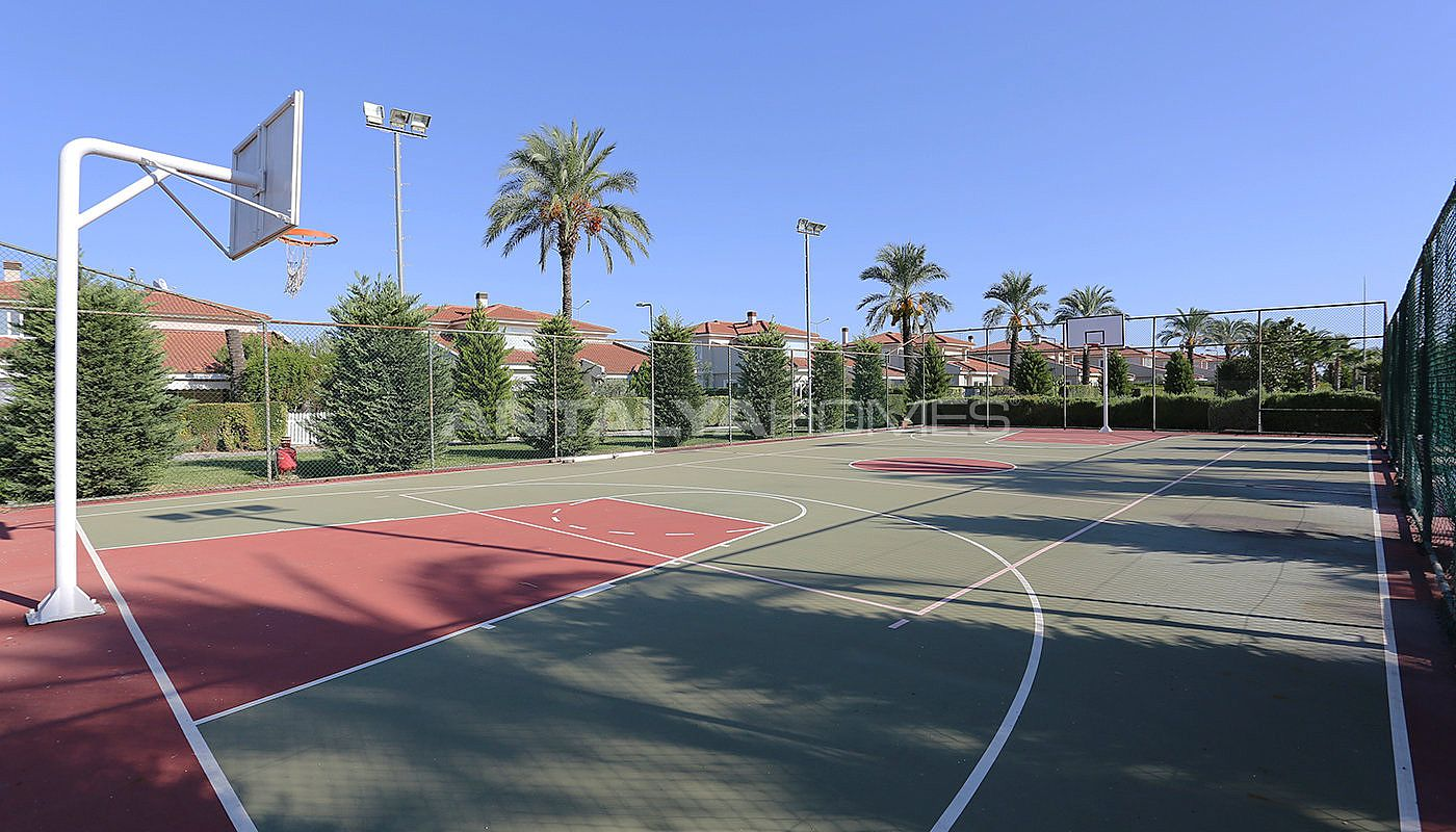 spacious-houses-with-rich-facilities-in-antalya-017.jpg