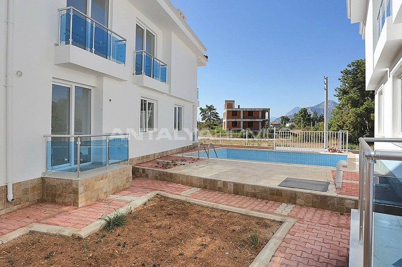 turnkey-villas-intertwined-with-nature-in-antalya-006.jpg