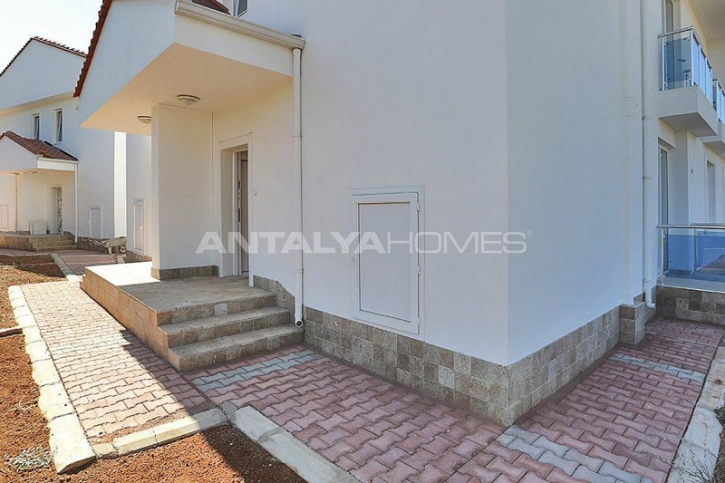 turnkey-villas-intertwined-with-nature-in-antalya-010.jpg
