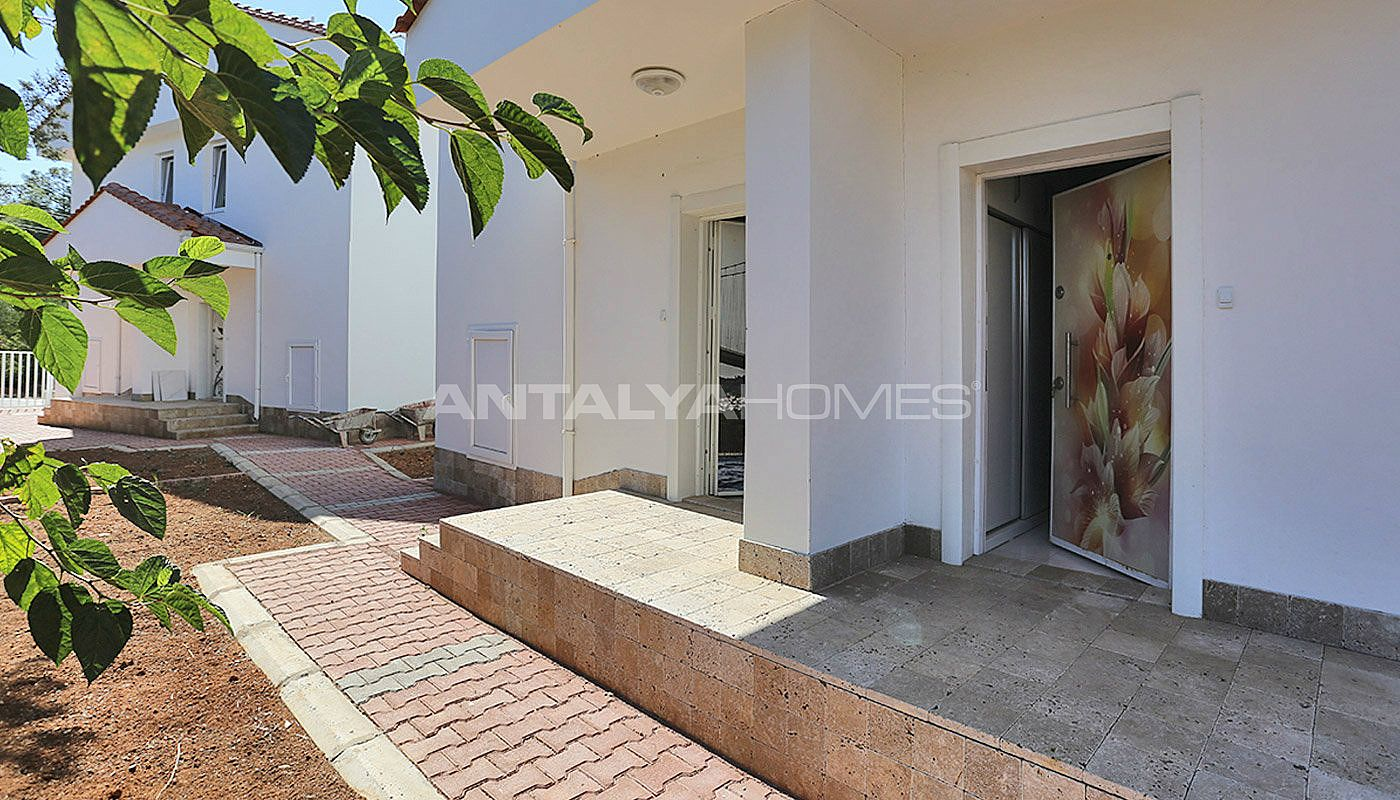 turnkey-villas-intertwined-with-nature-in-antalya-012.jpg
