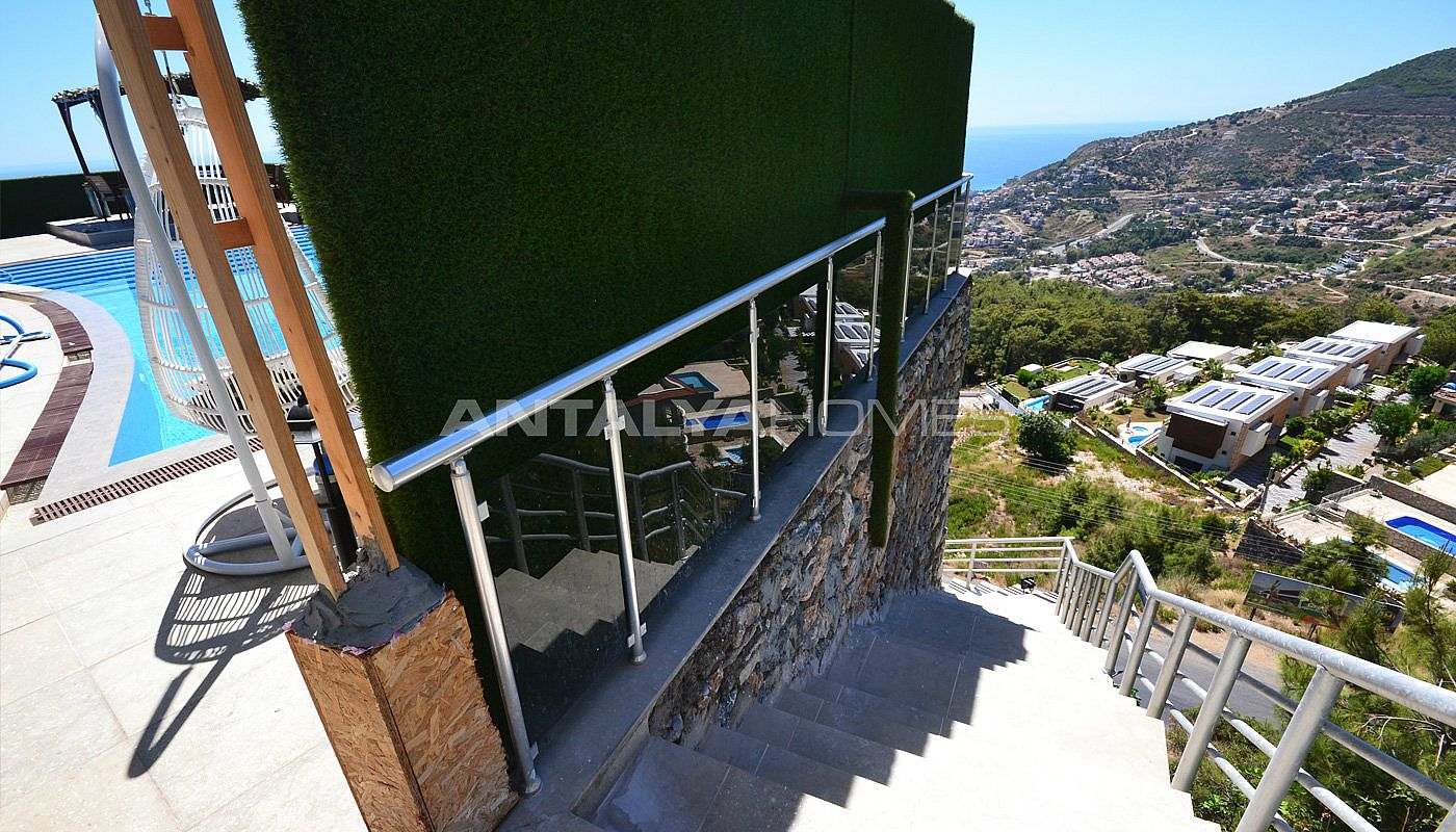 ultra-lux-furnished-villa-with-infinity-pool-in-alanya-004.jpg