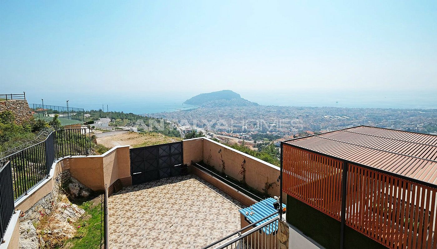 ultra-lux-furnished-villa-with-infinity-pool-in-alanya-006.jpg