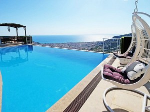 ultra-lux-furnished-villa-with-infinity-pool-in-alanya-main.jpg