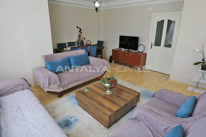 3-1-apartment-in-lara-with-separate-kitchen-and-natural-gas-interior-003.jpg