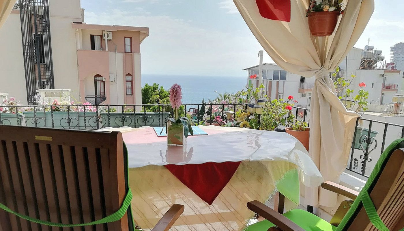 antalya-apartment-with-sea-view-from-terrace-main.jpg