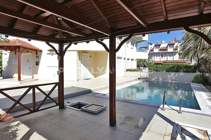 fully-furnished-houses-with-private-pool-in-belek-03.jpg