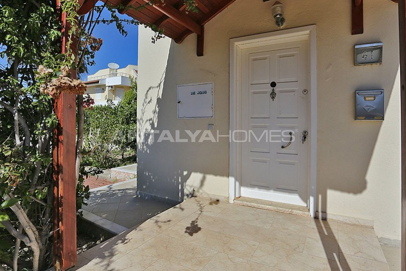 fully-furnished-houses-with-private-pool-in-belek-05.jpg