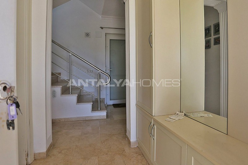 fully-furnished-houses-with-private-pool-in-belek-interior-18.jpg