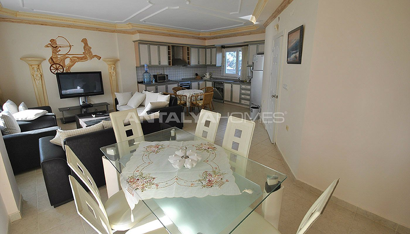 furnished-house-walking-distance-to-the-beach-in-kemer-interior-004.jpg