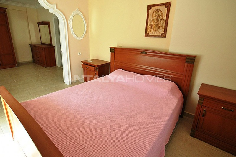 furnished-house-walking-distance-to-the-beach-in-kemer-interior-009.jpg
