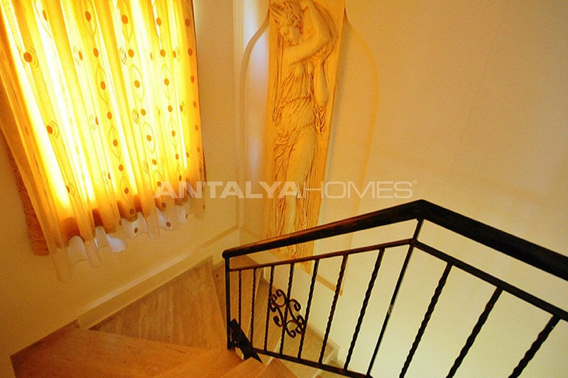 furnished-house-walking-distance-to-the-beach-in-kemer-interior-019.jpg