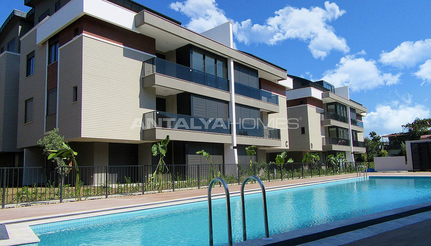 high-quality-lara-flats-in-the-low-rise-complex-006.jpg