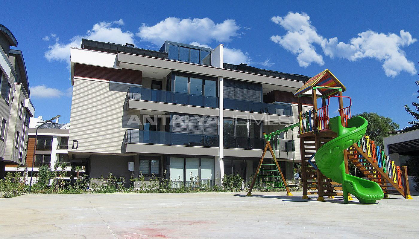 high-quality-lara-flats-in-the-low-rise-complex-010.jpg