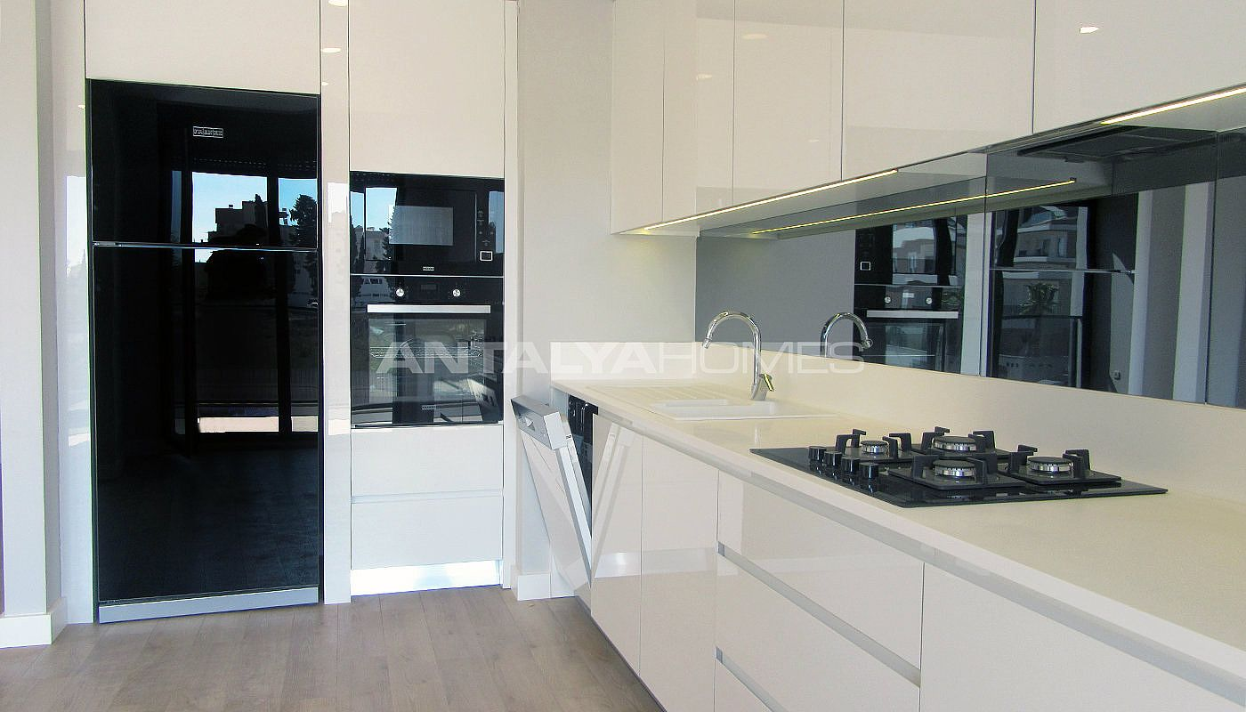 high-quality-lara-flats-in-the-low-rise-complex-interior-002.jpg