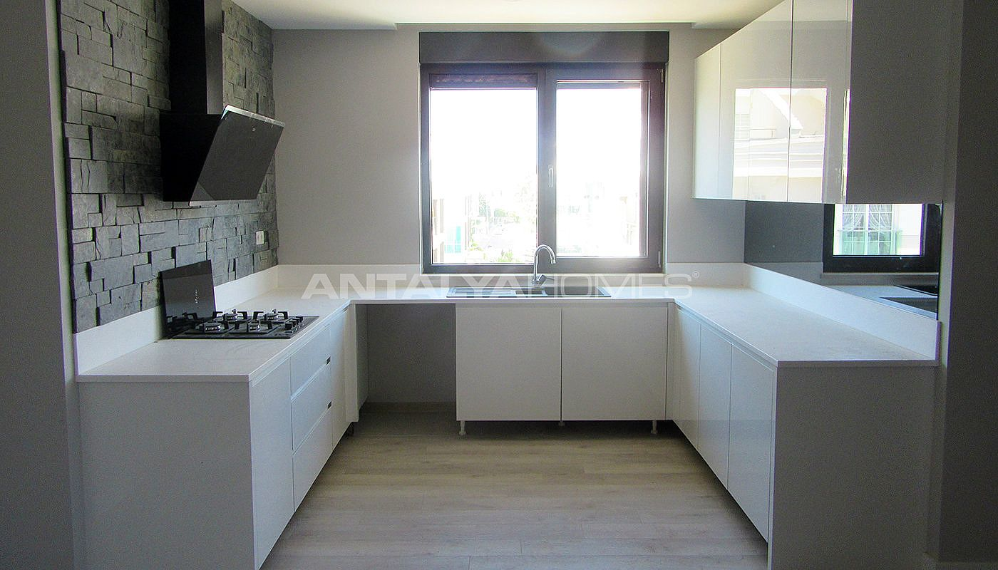high-quality-lara-flats-in-the-low-rise-complex-interior-012.jpg