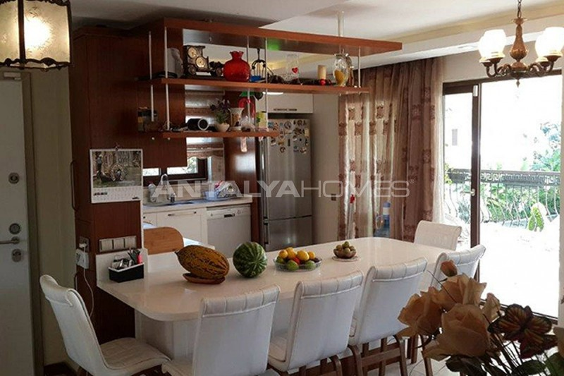 mountain-view-2-1-apartments-in-kemer-turkey-interior-005.jpg