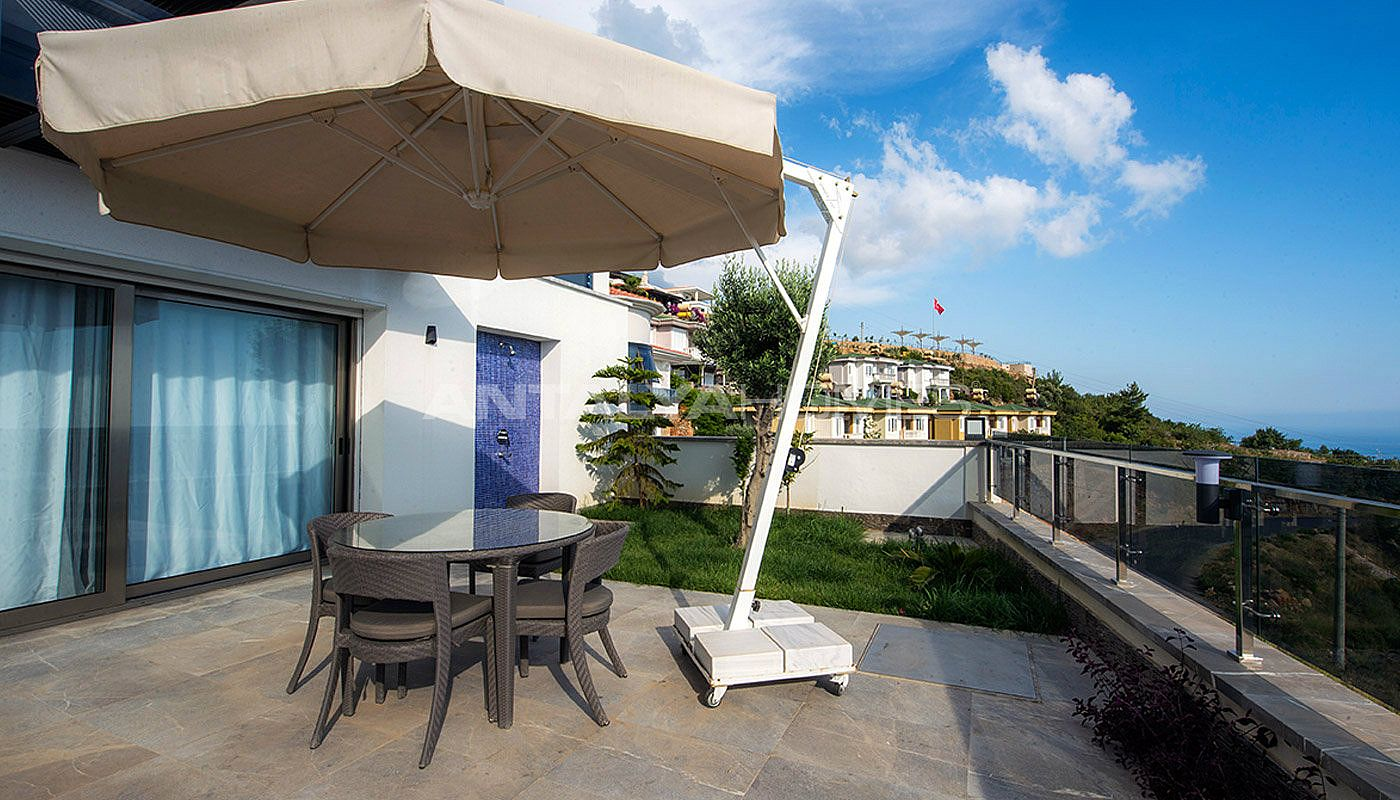 quality-houses-with-magnificent-view-in-alanya-009.jpg