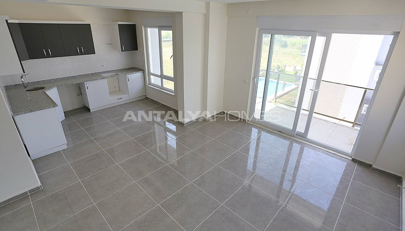 ready-to-move-modern-apartments-in-belek-for-sale-interior-002.jpg