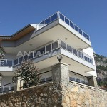 sea-view-5-1-villa-in-alanya-with-rich-features-005.jpg